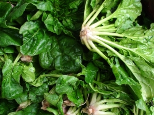 ready for a spinach and radish salad?