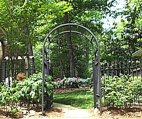 An invitation to enter the garden