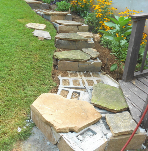 Building stone steps with a retaining wall—part two (1/6)