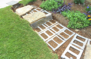 Building stone steps with a retaining wall—part two (2/6)
