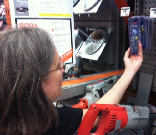 Looking for a glass and tile drill bit at Home Depot