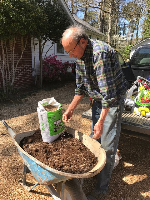 adding lime to potting soil mix
